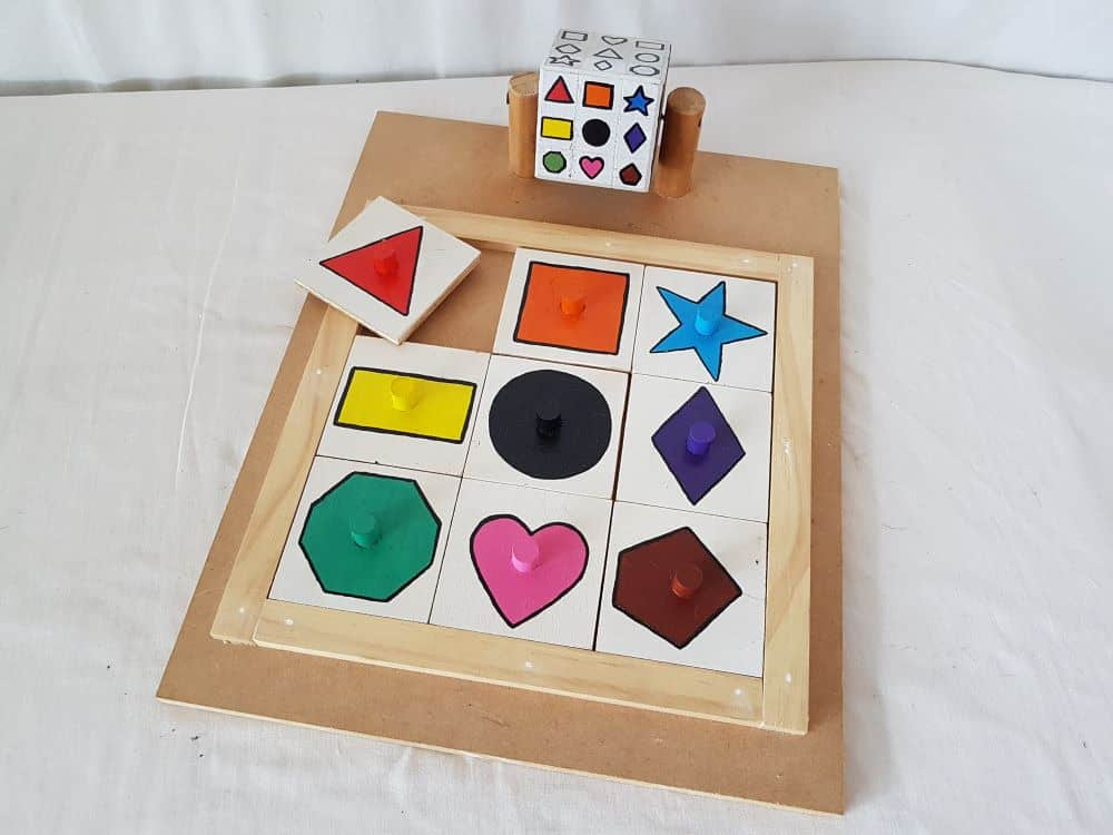 Cube matching puzzle - shapes photo